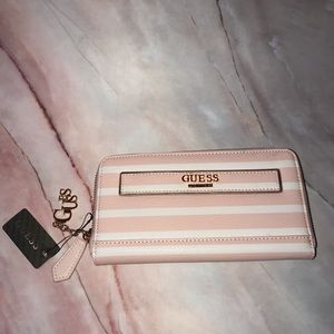 Guess Women's Zip Clutch Wallet Large Pink